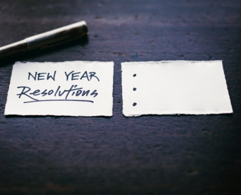 """Pen and Paper with """"New Years Resolution"""" Written"""
